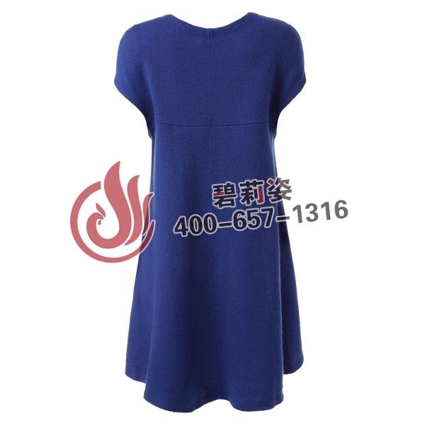 定制的连衣裙